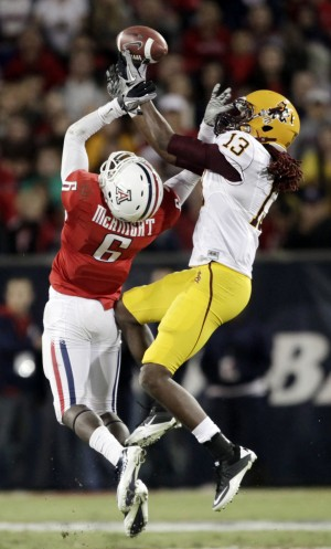 UA football hotsheet: Opposing corners share similarities