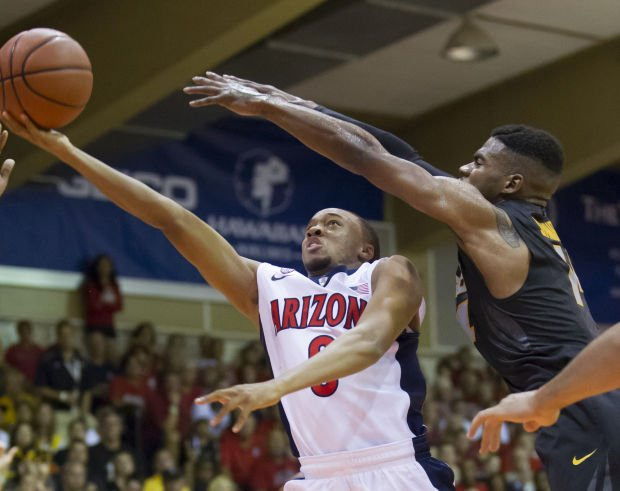 Photos: No. 3 Arizona vs. Missouri basketball game