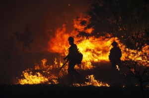 Photo gallery: Wildfires spread by high winds
