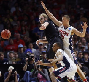 Defensive stops give Wildcats room to breathe