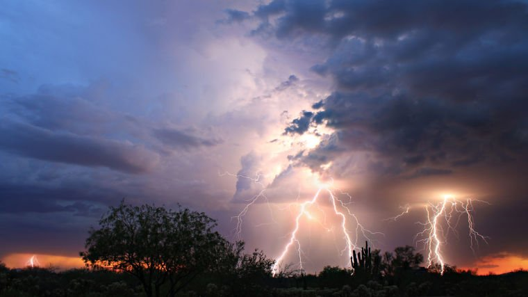 Monsoon Storm in Oro Valley