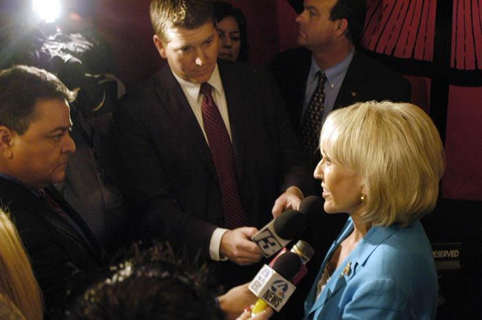 Kelly, Proud score wins in Republican primary races