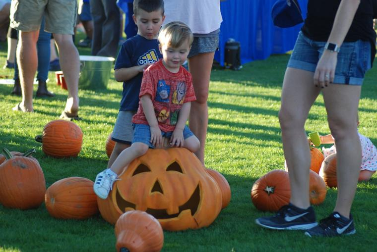 Oro Valley Monster Mash pumpkin ride