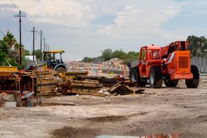 La Cañada Construction