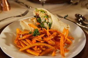 Struggle-free seafood salad
