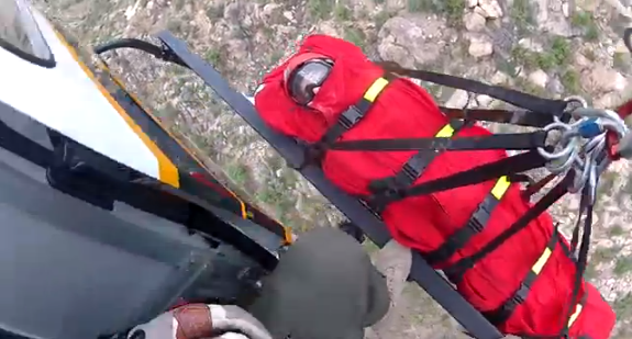 Video shows PCSD helicopter rescuing injured hiker