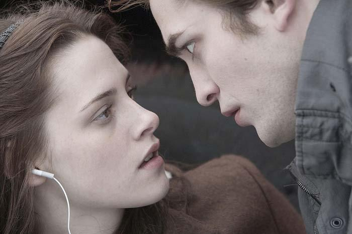 NEW AT THE MOVIES: 'Twilight' stifles book's fun