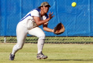 Marana Vs Desert Ridge Softball: Hannah McCoy catches a fly ball in center field.  - Randy Metcalf/The Explorer