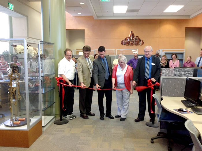 Pima College ribbon cutting