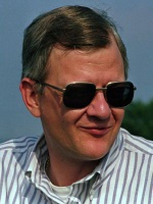 Tom Clancy: Best-selling author Tom Clancy is seen in this 1992 photo (AP Photo) - CARLOS OSORIO