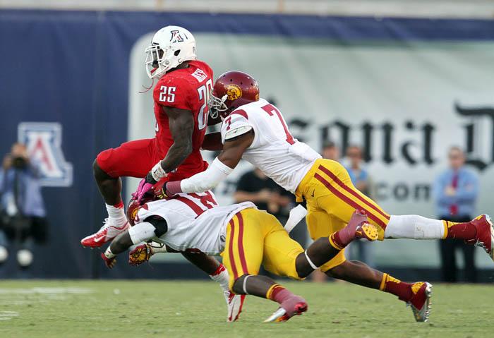 U of A Vs USC Football