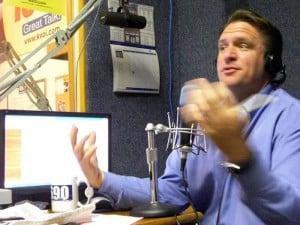 Radio duo to commuters - 'Wake up!'