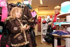 Elks take kids on shop spree