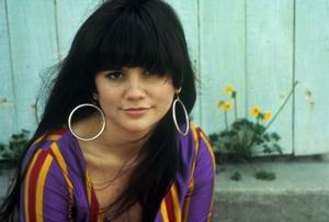 Armchair-style interview set with Linda Ronstadt