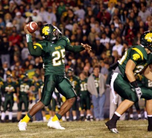 CDO Wins State Title, Its First In 33 Years : J.D. Fitzgerald/Special to the Explorer, Ka'Deem Carey throws the ball to Josh Robbins for a 13-yard touchdown pass. Carey finished the game with 268 yards carrying and five rushing touchdowns.