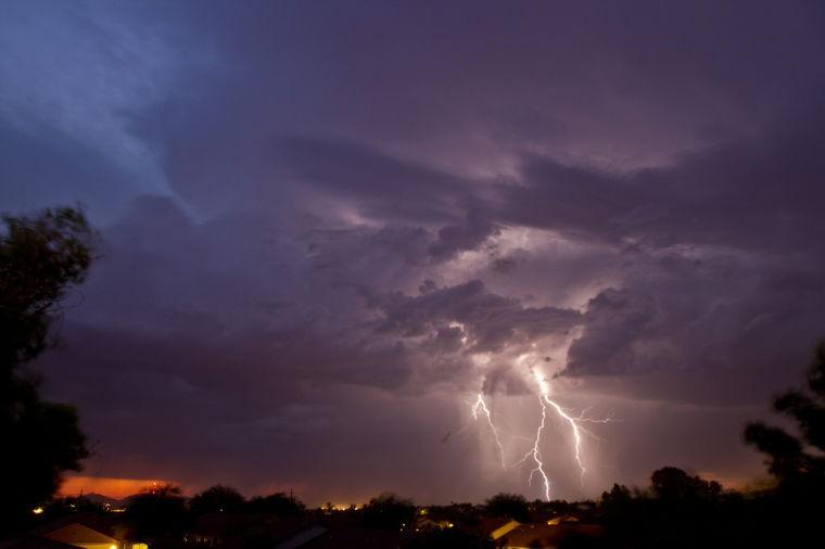 Monsoons.08.rm.0000.jpg
