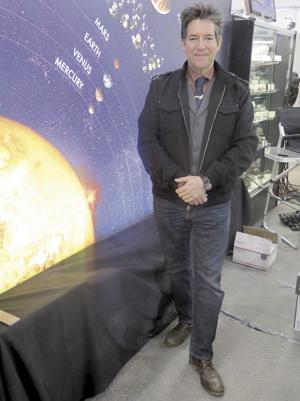 Tucson-based meteorite hunter Geoff Notkin is a man of parts