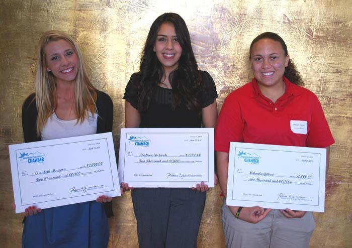 Chamber awards to 3 seniors