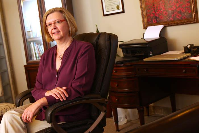 Dr. Linda Leiphart