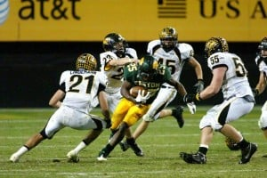 CDO's Repeat Bid A TD Short : Randy Metcalf/The Explorer, Scottsdale Saguaro's defense zeroed in on Ka'Deem Carey, but he was able to rush for 173 yards on 25 carries and scored two touchdowns during the state championship game Saturday afternoon at Sun Devil Stadium.