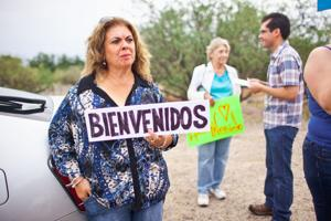 Town of Oracle in divide over incoming immigrant children