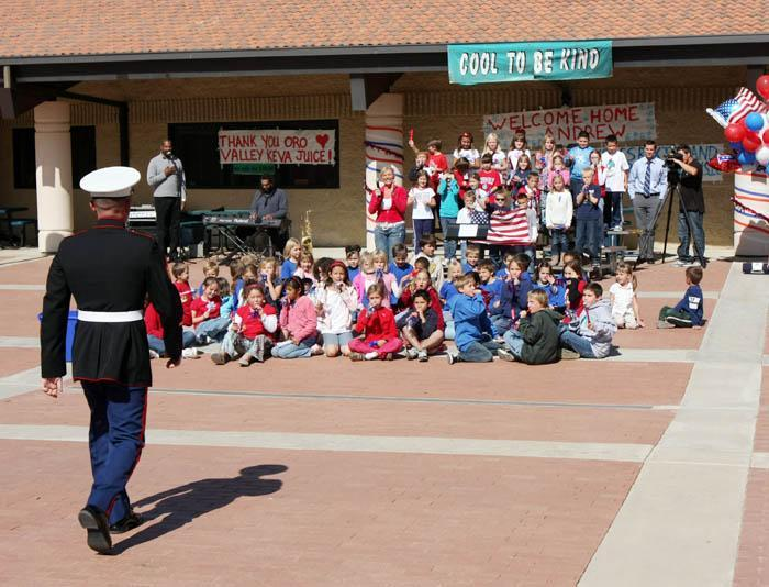 Students bond with Marine