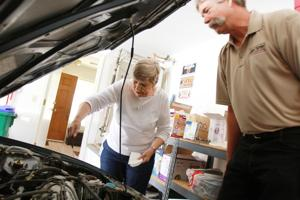 Women's car care clinic advancing, becoming more hands on