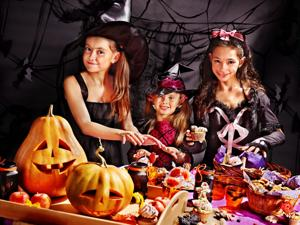 Tricks and Treats to Stay on Budget this Halloween