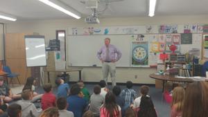 Mayor visits elementary schools for Career Week