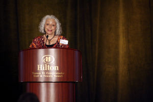 OV Chamber Commerce: Linda Ahearn, thank'd attendees of the annual Oro Valley Chamber's breakfast as her business of Toscana Studio and Gallery was named the top Community Leader. - Hannah McLeod/The Explorer