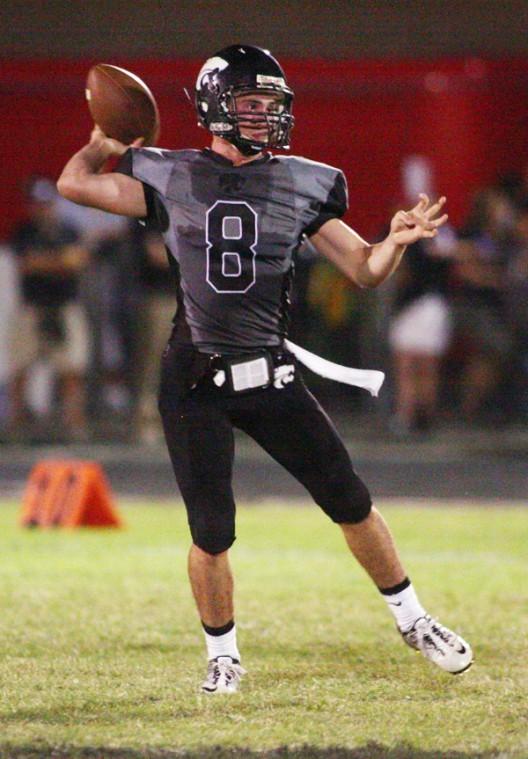 Mountain View quarterback