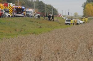 Three vehicle crash on Highway 48 injures 3
