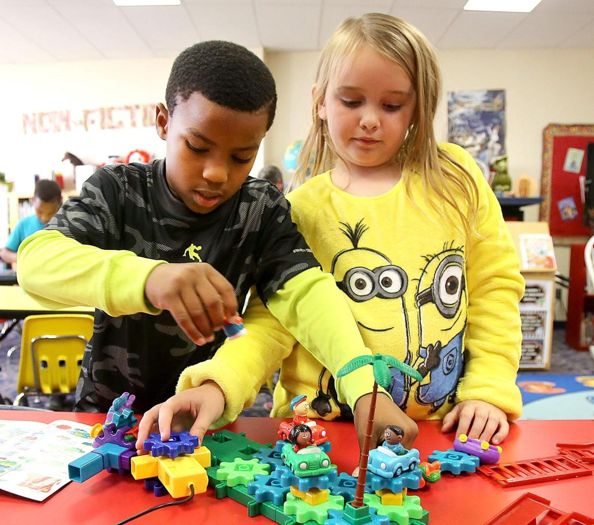 midway isd embraces makerspace concept wacotrib com education makerspace3