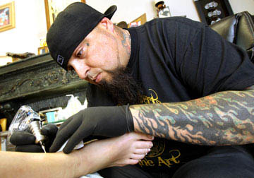 Tattoo artists to show their chops at waco convention for Tattoo shops in waco tx