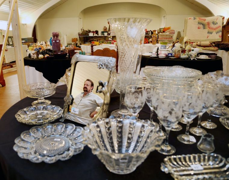 estate sale ra3 L 3 Making Itself Home At Bric Wacotribcom Business