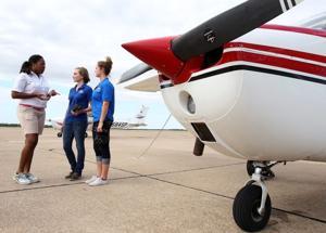 WOMEN PILOTS2