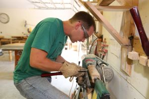 Carpenter Overcomes Struggle To Bring Business To Waco