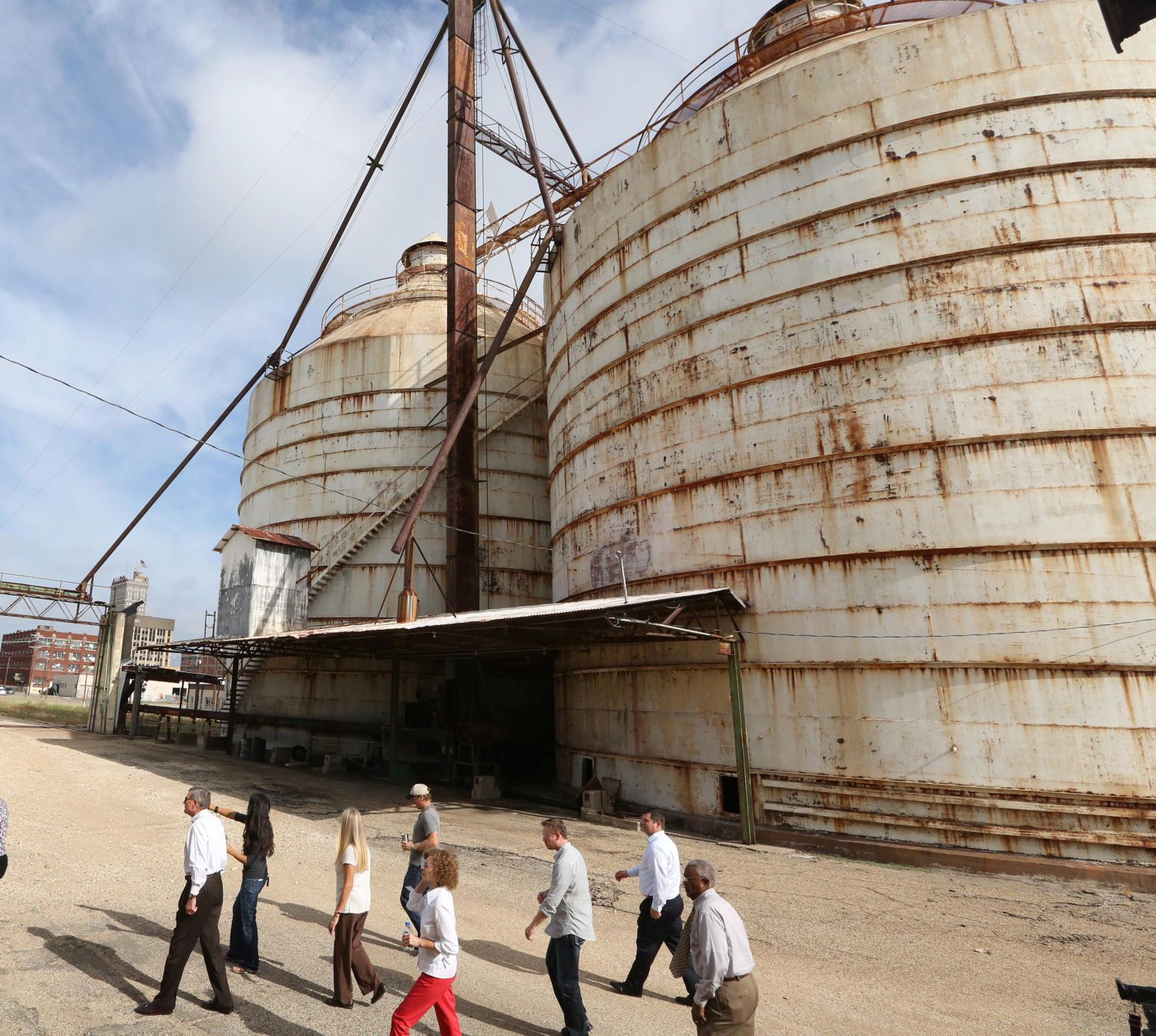 Board hgtv stars don t need to paint silos wacotrib com business