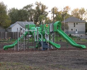 Play structure added to East Side park