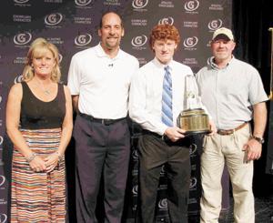 Frazier, family, Smoltz at award ceremony