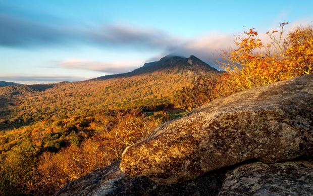 Grandfather Mountain expects better than average fall colors