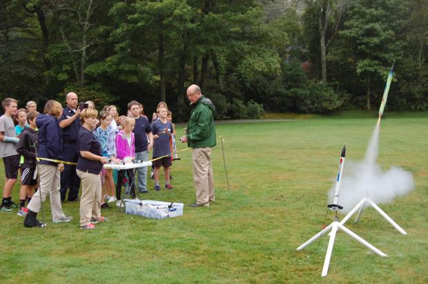 Rocket kids: STARBASE program comes to Blowing Rock School