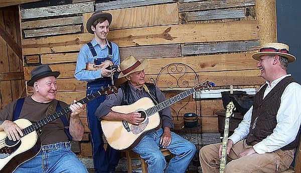Mountain Home Music spotlights Appalachian and Afro-lachian traditions