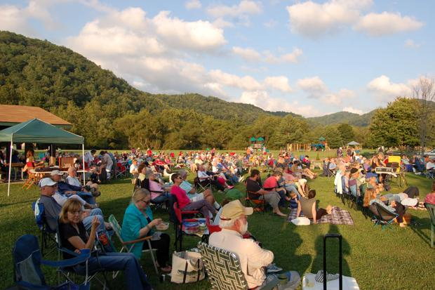 Auction to support Valle Crucis Park Sept. 3