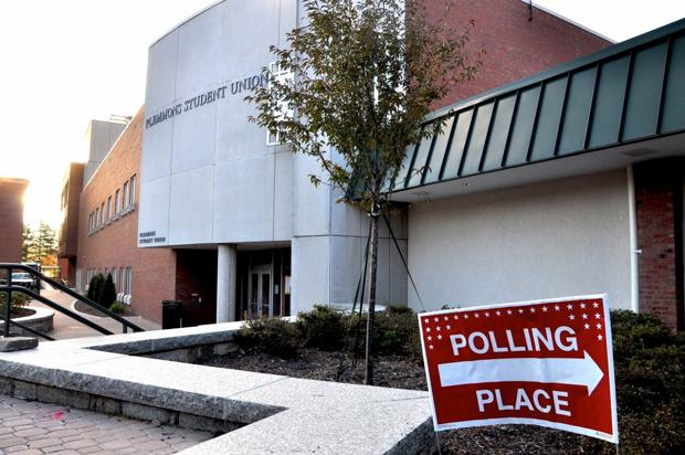 ASU early voting site approved, 700 turnout first day of early voting