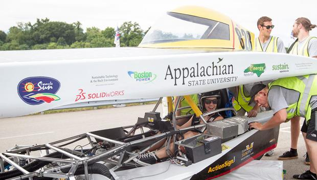 ASU solar vehicle team qualifies for national competition