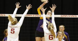 Photos: UNI at Iowa State volleyball