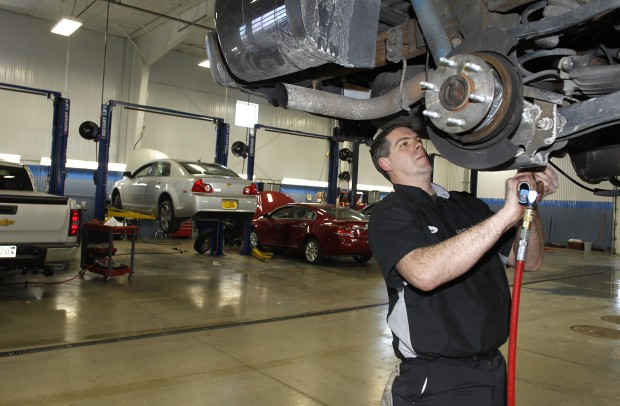 Bremer boom waverly nearby towns rebound from recession for Jerry roling motors waverly