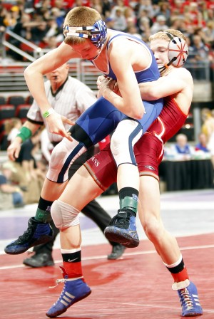 Photos: State Wrestling Day 1, 2011