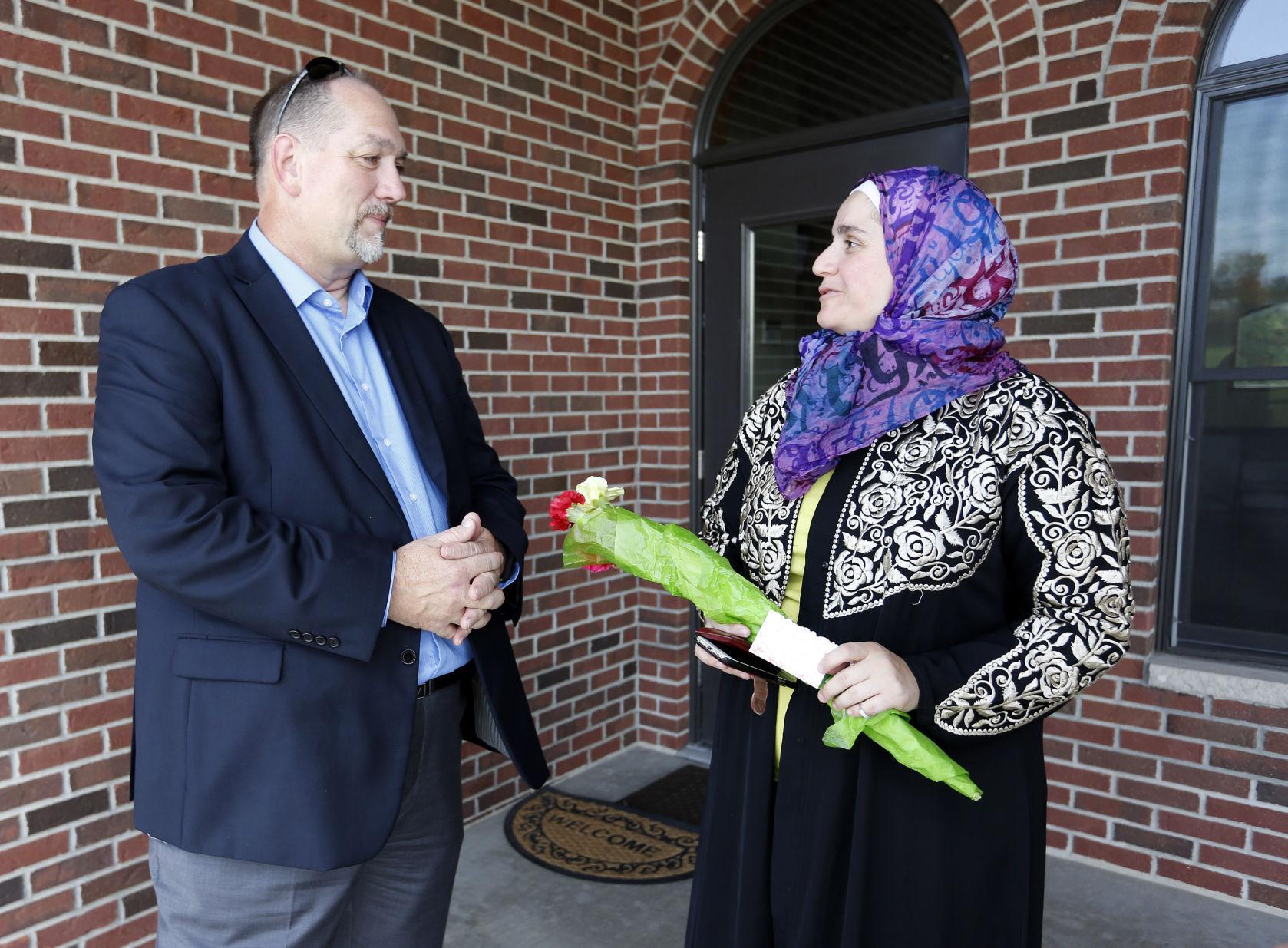 Local congregations rally around graffiti-marred mosque